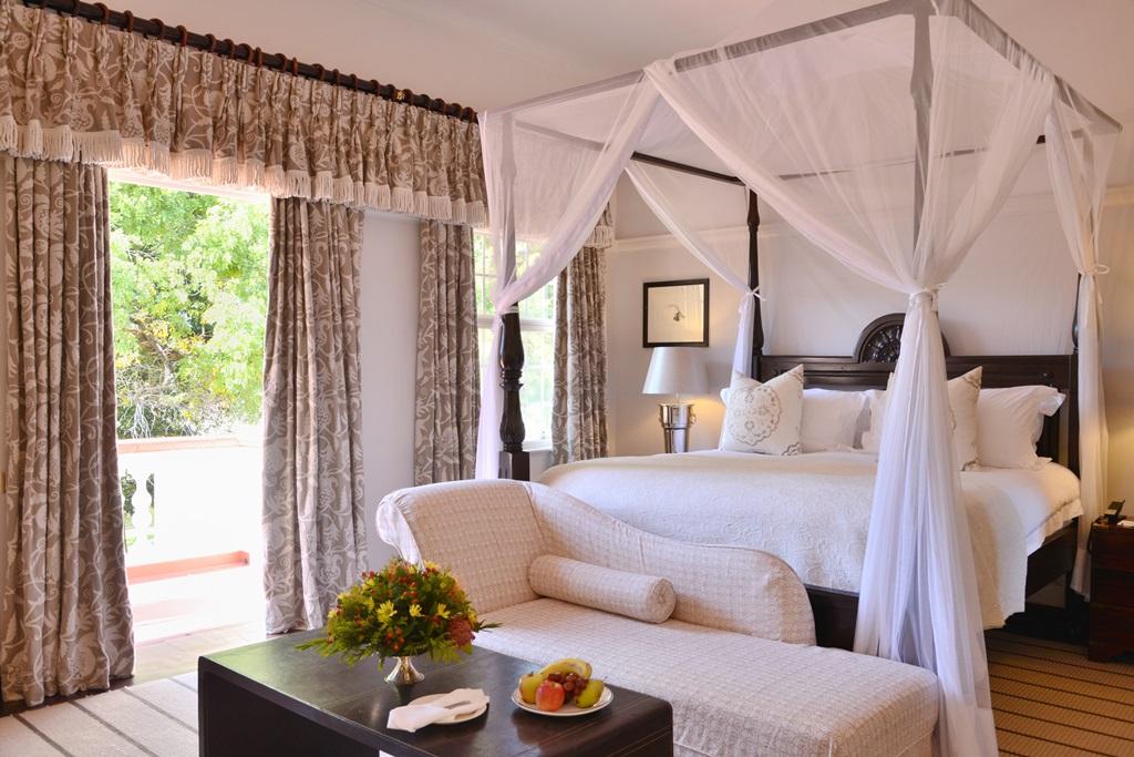 Honeymoon Suites 2 The Victoria Falls Hotel